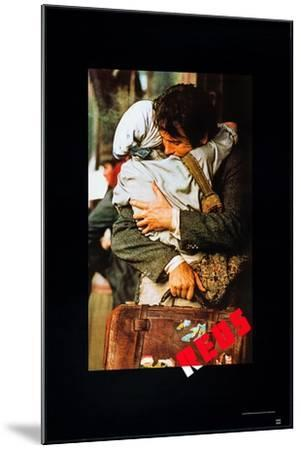 Reds, Diane Keaton, Warren Beatty, 1981, © Paramount Pictures/ Courtesy: Everett Collection--Mounted Art Print