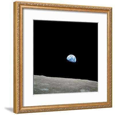 Earthrise Over Moon, Apollo 8--Framed Premium Photographic Print