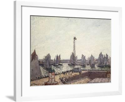 Outer Harbour and Cranes, Le Havre-Camille Pissarro-Framed Giclee Print
