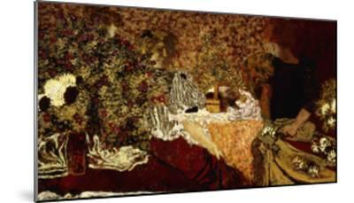 Dressing Table (in the flowers); Le Table de Toilette (Dans le Fleurs)-Edouard Vuillard-Mounted Giclee Print
