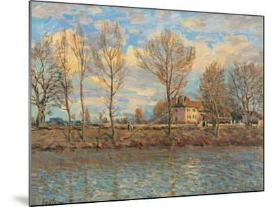 Island of La Grande Jatte, Neuilly sur Seine-Alfred Sisley-Mounted Art Print