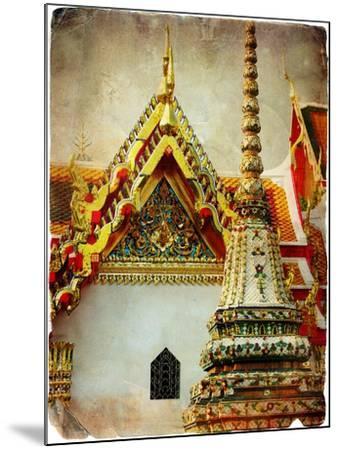Grand Palace - Bangkok - Retro Styled Picture-Maugli-l-Mounted Art Print