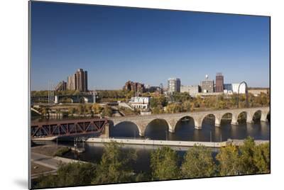 Mississippi River and City Skyline, Minneapolis, Minnesota, USA-Walter Bibikow-Mounted Photographic Print