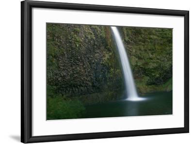 Multnomah Falls, Oregon-Vickie Lewis-Framed Photographic Print