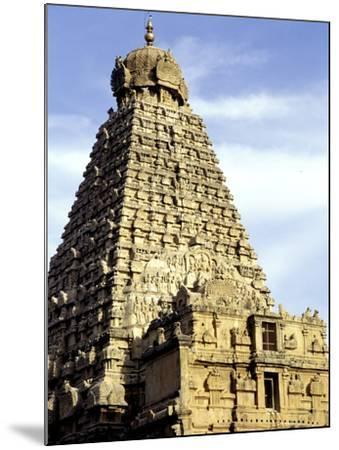 Brahadeeshwara Temple, UNESCO World Heritage Site, Thanjavur, Tamil Nadu, India, Asia-Balan Madhavan-Mounted Photographic Print