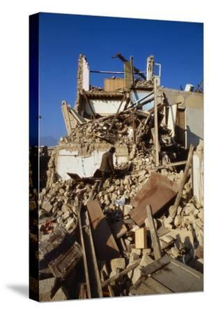 Building Destroyed by Earhquake--Stretched Canvas Print
