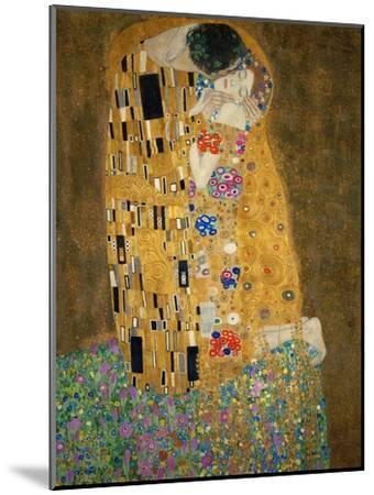 The Kiss, c.1907-Gustav Klimt-Mounted Premium Giclee Print