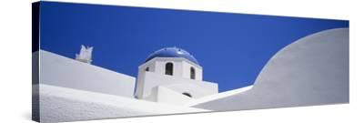 Low Angle View of a House, Oia, Santorini, Cyclades Islands, Greece--Stretched Canvas Print