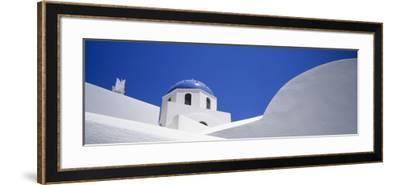 Low Angle View of a House, Oia, Santorini, Cyclades Islands, Greece--Framed Photographic Print
