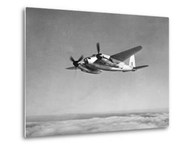 De Havilland Mosquito in Flight--Metal Print