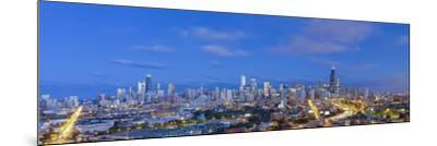Usa, Illinois, Chicago, City Skyline-Gavin Hellier-Mounted Photographic Print