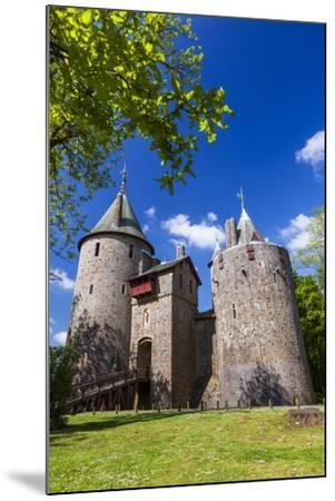 Castell Coch (Castle Coch) (The Red Castle), Tongwynlais, Cardiff, Wales, United Kingdom, Europe-Billy Stock-Mounted Photographic Print