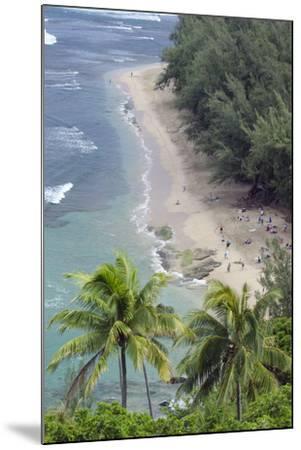 Ke'E Beach from the Kalalau Trail on the Na Pali Coast of Kauai, Hawaii-Rich Reid-Mounted Photographic Print