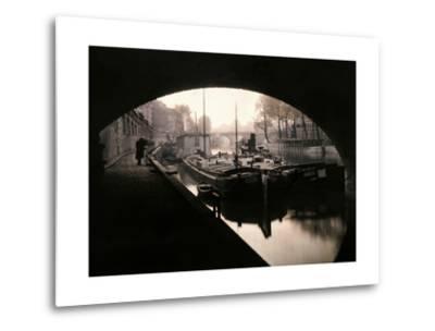 A View of Ile-De-La-Cite from under a Bridge-Gervais Courtellemont-Metal Print
