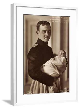 Herzog Ernst August Z Braunschw Mit Erbprinzen--Framed Giclee Print