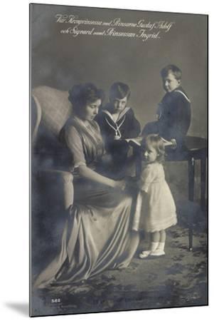 Kronprinzessin, Gustav Adolf, Sigvard, Prinz. Ingrid--Mounted Giclee Print