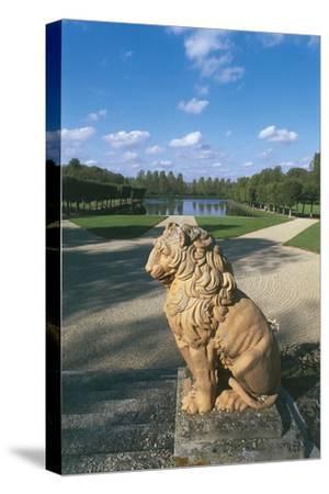 France, Champagne-Ardennes, Motte-Tilly, Castle--Stretched Canvas Print