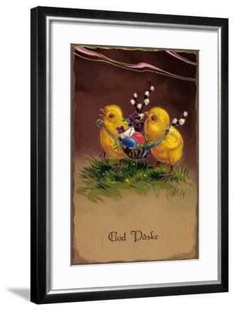 Präge Frohe Ostern, Küken Tragen Ostereier Im Korb--Framed Giclee Print