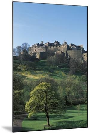 UK, Scotland, Edinburgh, Castle and Princes Street Gardens--Mounted Giclee Print