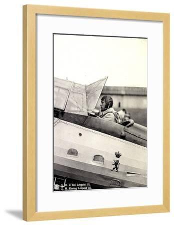 S.M. Le Roi Léopold III Asis Sur Un Aéroplane--Framed Giclee Print