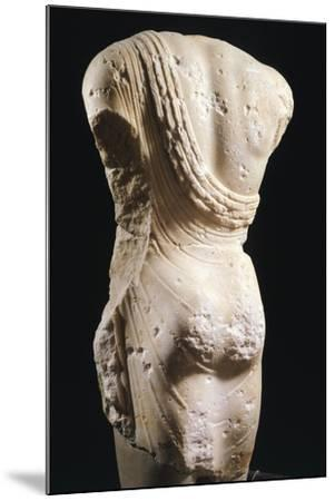 Kouros, Statue from Syracuse, Italy, Back, Magna Graecia, 6th-5th Century BC--Mounted Giclee Print