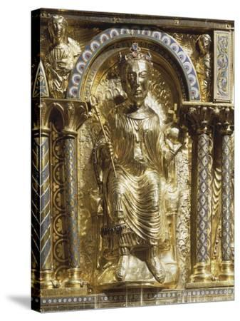 16th Century Charlemagne Shrine in Gold, Precious Stones and Enamels--Stretched Canvas Print