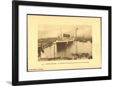 Saint Nazaire, Dampfer France, Hafen, CGT--Framed Giclee Print