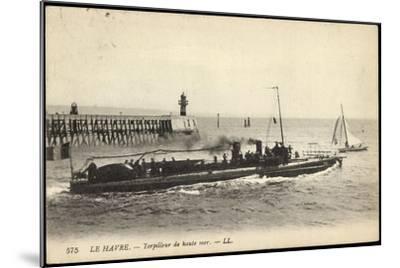 Französisches Kriegsschiff Im Hafen, Segelboot--Mounted Giclee Print