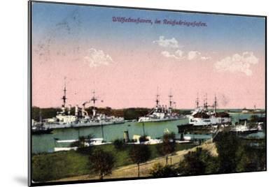 Wilhelmshafen Nieders., Reichskriegshafen, Schiffe--Mounted Giclee Print