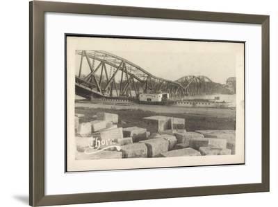 Foto Graudenz Westpreußen, Zerstörte Brücke, Dampfer--Framed Giclee Print