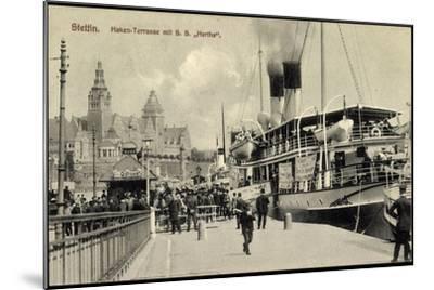 Stettin Pommern, Hen Terrasse Mit S.S. Hertha--Mounted Giclee Print