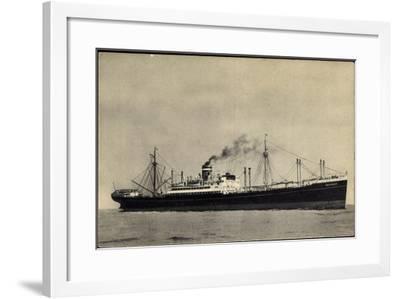 Hapag, S.S. Duivendijk, Dampfschiff, Rauch--Framed Giclee Print