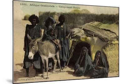 Afrique Occidentale, Campement Maure, Mauren, Volkstypen, Frauen, Esel--Mounted Giclee Print