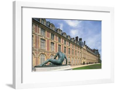 France, Seine Et Marne, Ile-De-France, Statue Outside Fontainebleau Castle--Framed Giclee Print