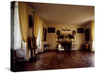France, Chateau De Lantheuil, Grand Salon with 18th Century Furniture--Stretched Canvas Print