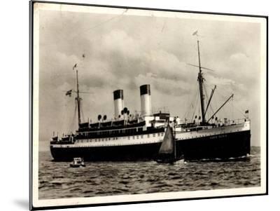 Dampfer Monte Olivia Der HSDG, Segelboot, Beiboot--Mounted Giclee Print
