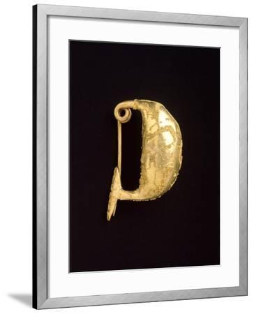 Gold Leech-Shaped Fibula from Bologna--Framed Giclee Print