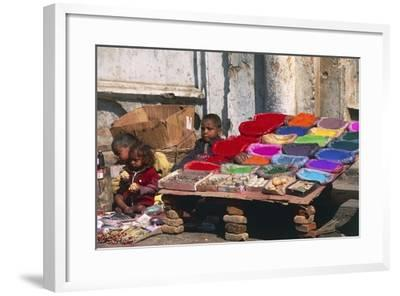 Children at a Colour Pigments Market Stand--Framed Photographic Print