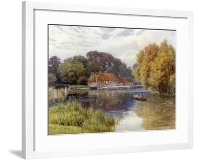 The Swan Inn, Pangbourne-Alfred Robert Quinton-Framed Giclee Print