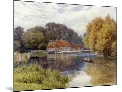 The Swan Inn, Pangbourne-Alfred Robert Quinton-Mounted Giclee Print