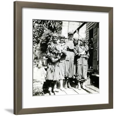 Powder Girls at the Brandywine Mills, C.1906-18--Framed Photographic Print