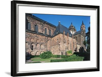 St Peter's Cathedral--Framed Giclee Print