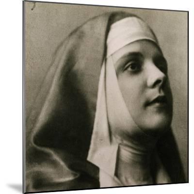 Portrait of Gilda Dalla Rizza--Mounted Giclee Print