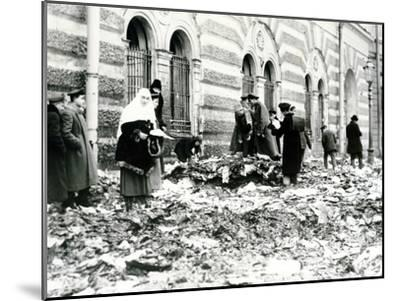 Revolution in St. Petersburg, February 1917--Mounted Photographic Print