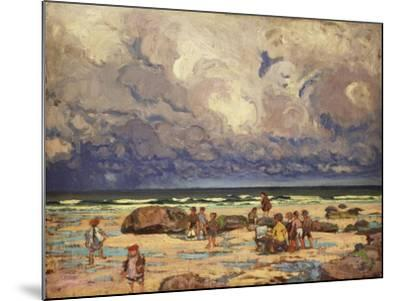 Children on the Beach, C.1910-William Samuel Horton-Mounted Giclee Print