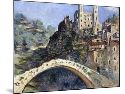 Dolceacqua, 1884-Claude Monet-Mounted Giclee Print