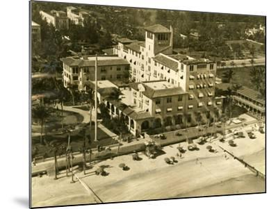 The Pancoast Hotel, Miami Beach, 1933--Mounted Photographic Print