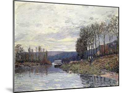 The Seine at Bougival, 1873-Alfred Sisley-Mounted Giclee Print