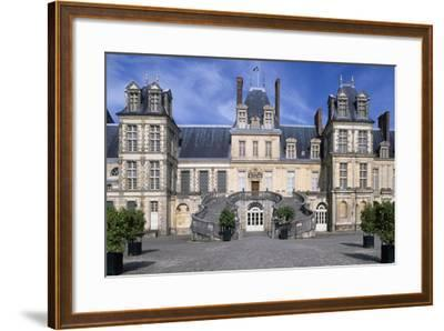 Horseshoe Staircase in Court of Honour, 1634-Jean Du Cerceau Androuet-Framed Giclee Print