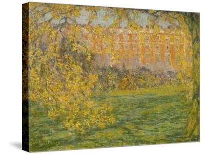 Autumn, Hampton Court; Automne, Hampton Court, 1908-Henri Eugene Augustin Le Sidaner-Stretched Canvas Print